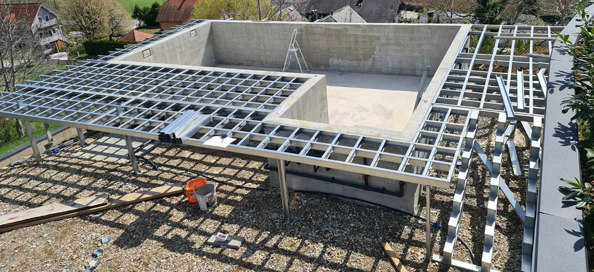 Konstrukcija nadsteška s teraso