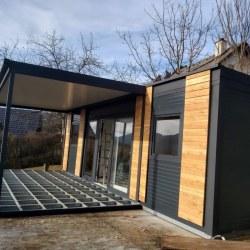 Nadstrešek in terasa mobilne hišice - konstrukcija iz profilov